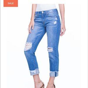 NWT Liverpool Kennedy crop boyfriend jeans.